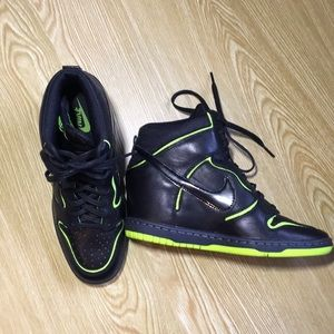 Nike Dunk Sky Hi black with neon green accents